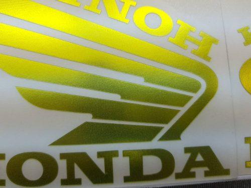 Наклейка Крылья Honda жёлтый хром