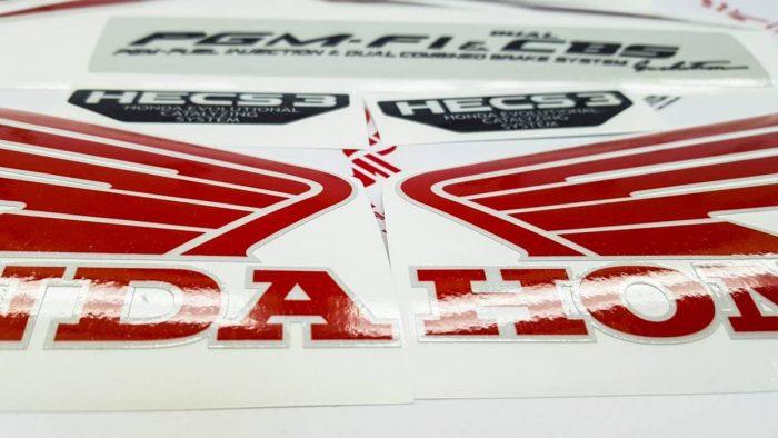 Светоотражающий комплект наклеек на Honda VFR