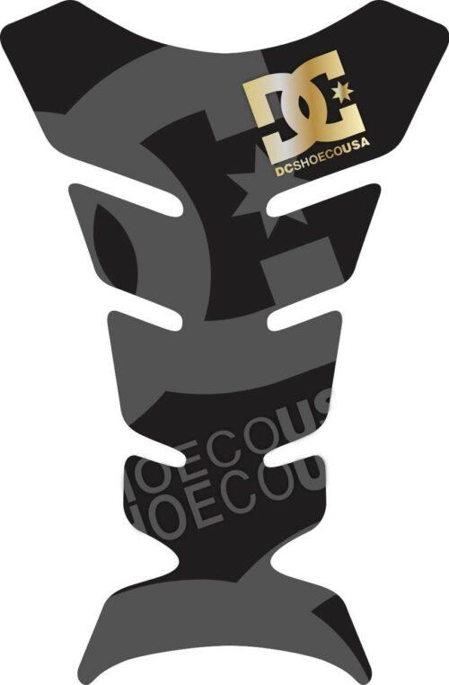 Объёмная 3D наклейка на бак мотоцикла DC